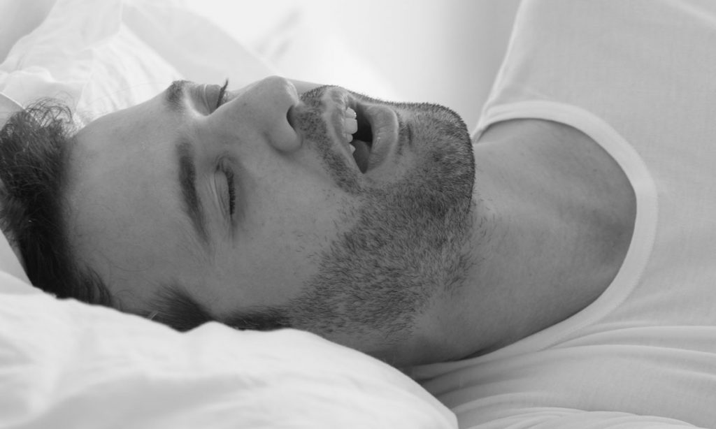 Difference between snoring and sleep apnea-ADVENT